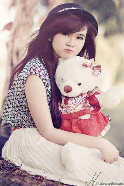 girl-dp-with-teddy-bear